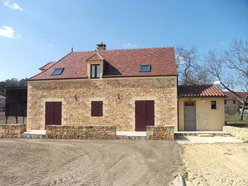 Construction et extension de maison neuve traditionnelle for Extension contemporaine maison traditionnelle